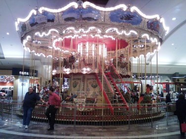 Fine carousel at Garden State Plaza