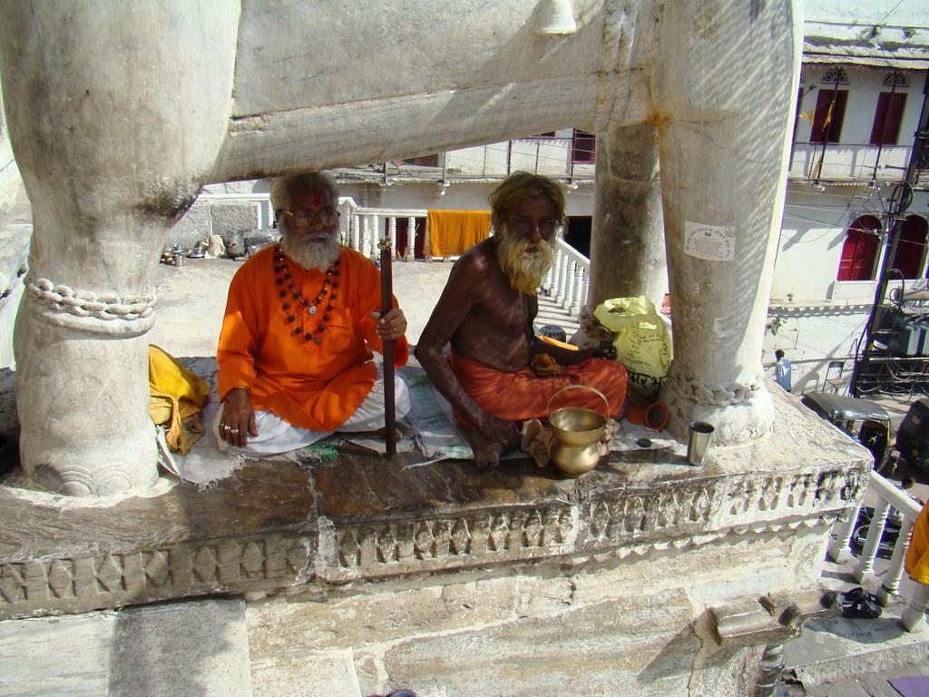 Udaipur su gente India 04