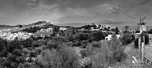 Ibiza y Puig des Molins