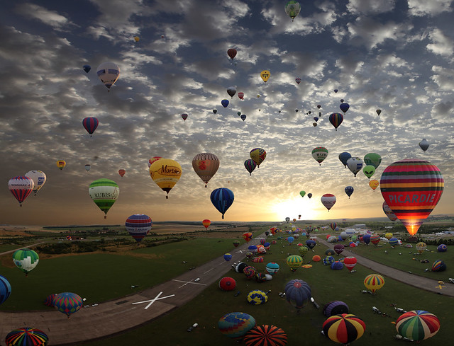 The largest hot-air balloon gathering in the world, Chambley, France. So far today, more then 290.000 views and 6.800 Faves!