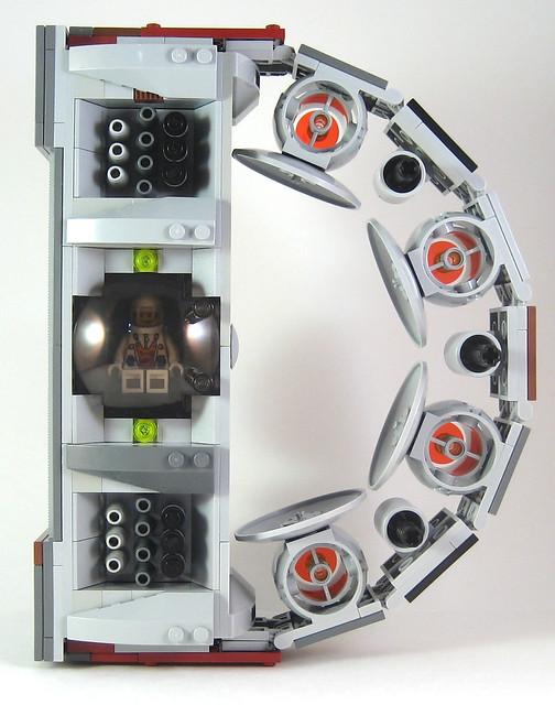 MOC-009 D Spaceship Front