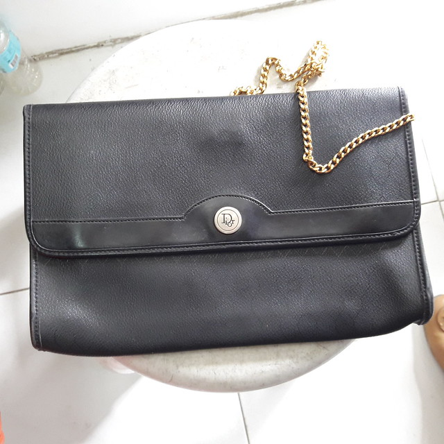 vintage Dior chain bag