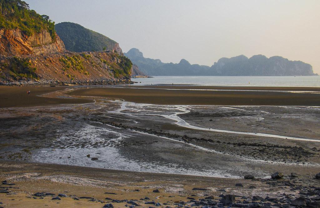 strand på Cat Ba Island, VIetnam