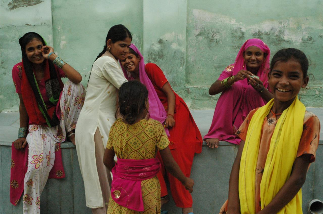 Taking a break - Mandawa, Shekhawati, Rajasthan, India