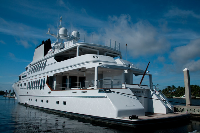 Triumphant Lady Motor Yacht Flickr Photo Sharing