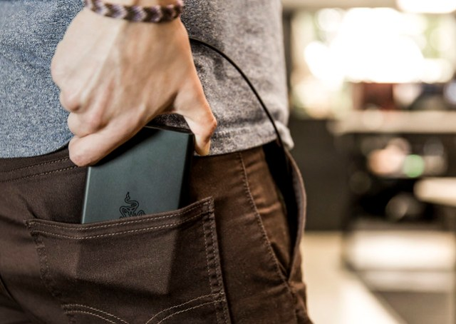 Razer Power Bank - Lifestyle - Pocket