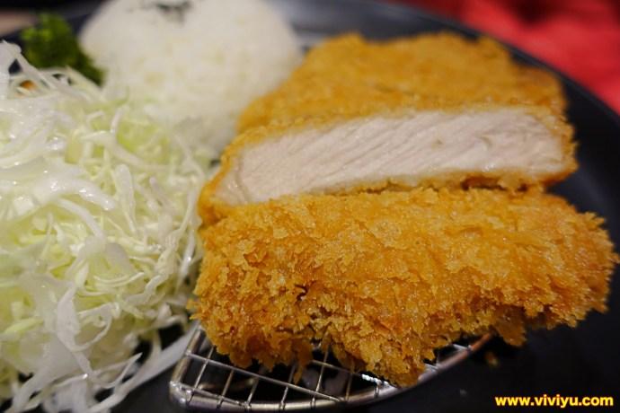 [八德.美食]魔法咖哩~廣豐新天地美食餐廳.咖哩傳奇.日式咖哩 @VIVIYU小世界