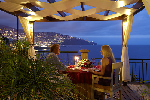 Romantic Dinner at The Cliff Bay