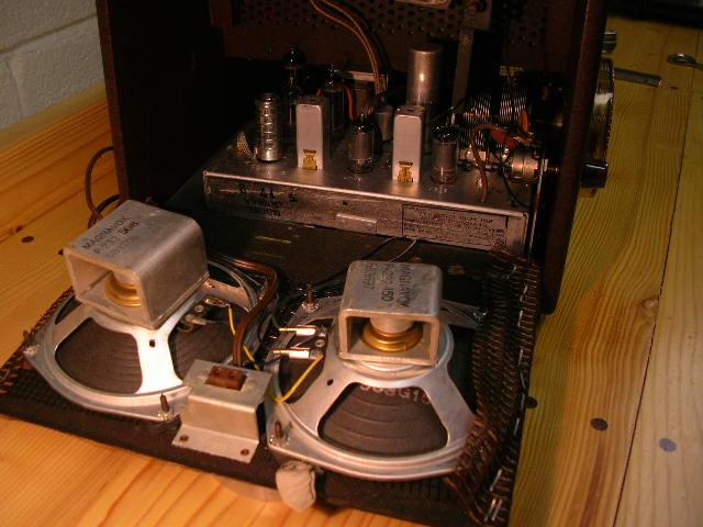 Antique Radio Forums View Topic Magnavox Portable Radio45 Rpm Record Changer