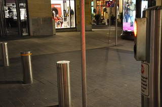 Retractable bollard.
