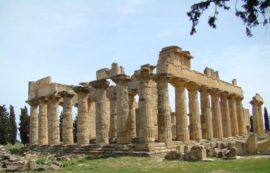 Templo de Zeus Cirene Libia 01