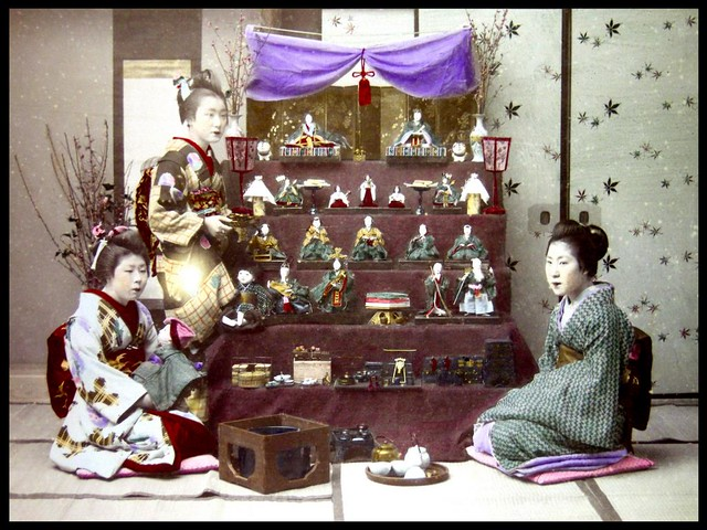 "HINA MATSURI -- ""GIRLS DAY"" CELEBRATION AND DECORATIONS in OLD JAPAN  雛人形"