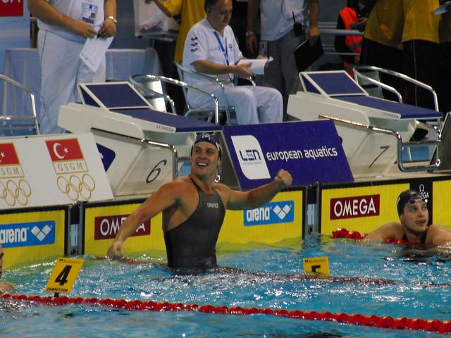 Aleksander Hetland celebrates his Istanbul 2009 win
