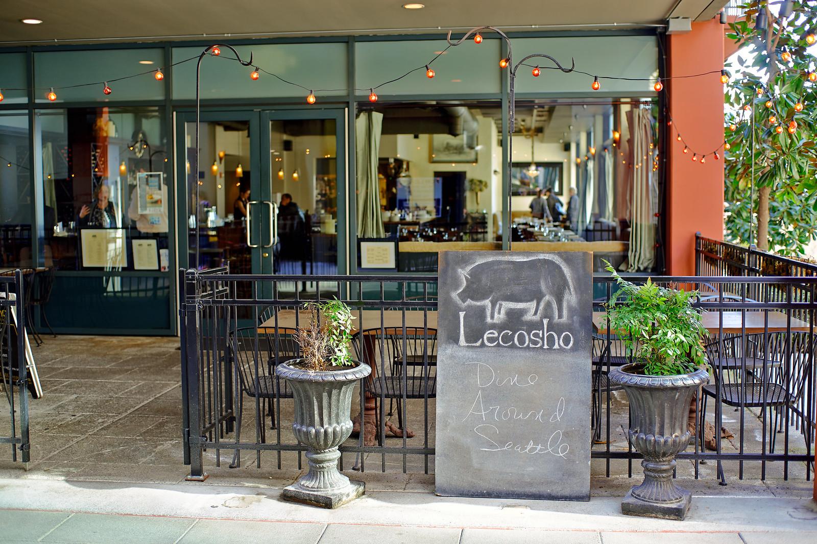 Lecosho Restaurant front door