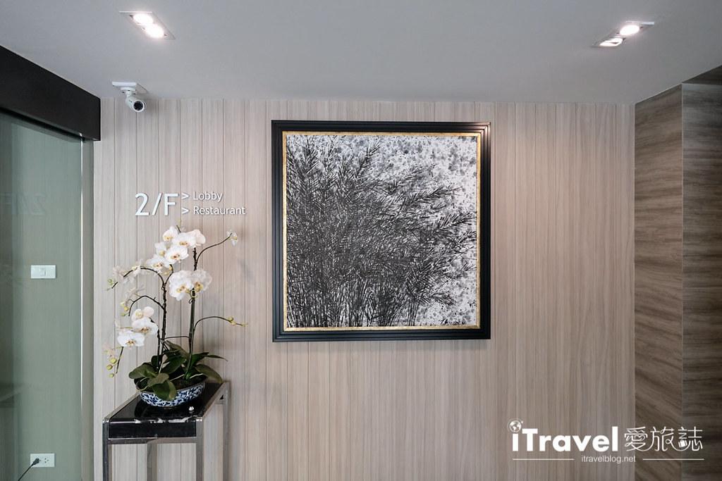 《曼谷酒店推荐》通罗公寓 The Residence on Thonglor:2015年全新开幕,在日式小区享受完整的厅厨与洗衣住宿机能。