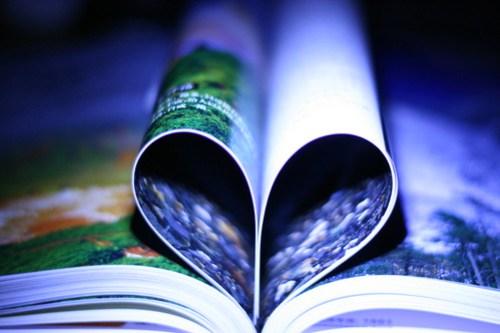 book heart <3
