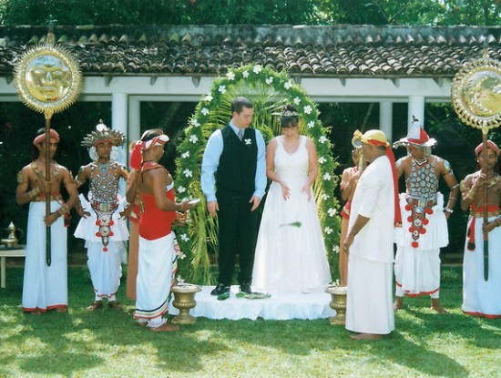 Wedding in Sri Lankan Hotel Destination