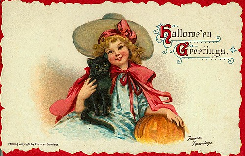 Vintage Halloween Postcards by Suzee Que