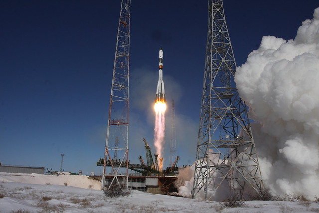 Ракета-носитель «Союз-У» с грузовым кораблем «Прогресс МС-05» // Soyuz-U launch vehicle together with the cargo transport spacecraft Progress MS-05