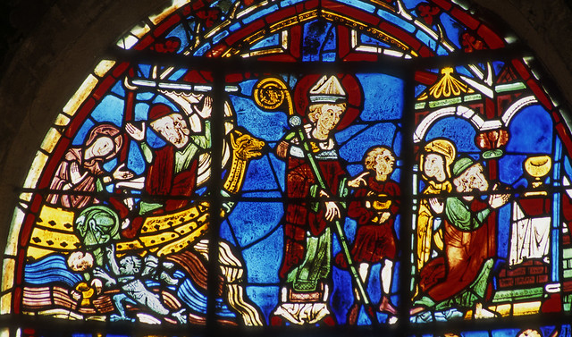 St Nicholas and the miracle of the golden cup, Bourges, Cathédrale St Etienne. Photo by Gordon Plumb via Flickr.