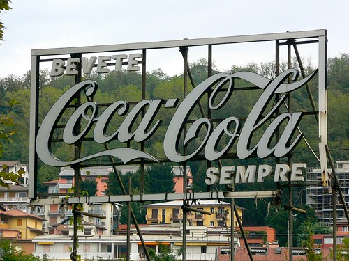 Bevete Coca-Cola Sempre