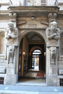 20091112 Milano 10 Via degli Omenoni 02 Casa degli Omenoni 02