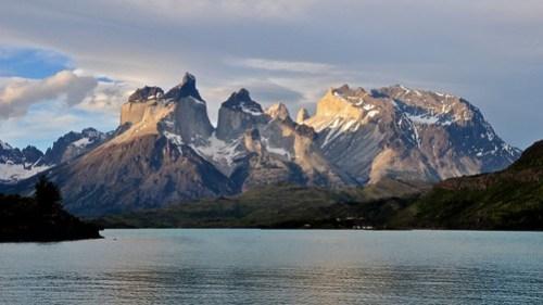 The Devil's Horns Across Lago Pehoe