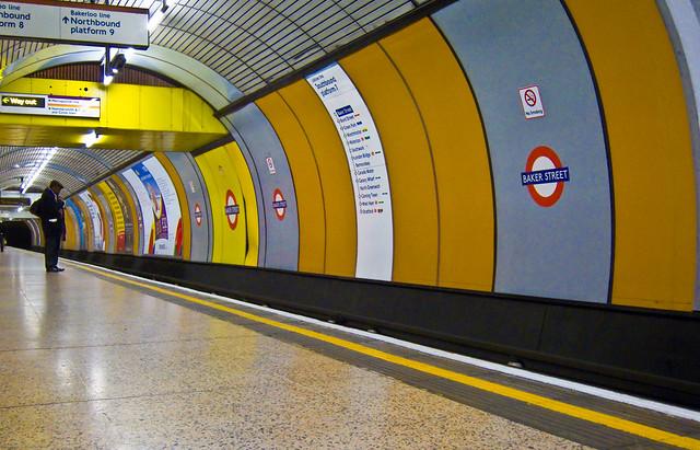 168/365 - Alone in Baker Street
