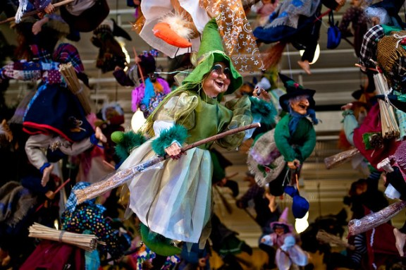 Epiphany customs and traditions, La Befana