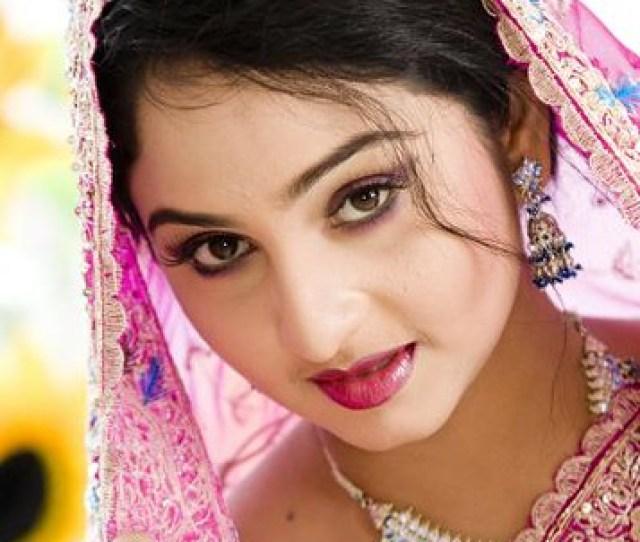 Bangladeshi Model Rahi