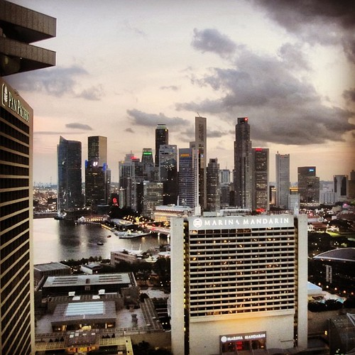 #singapore CBD #sunset by @MySoDotCom