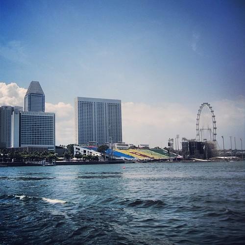 #singaporeflyer and #marinabay #singapore by @MySoDotCom