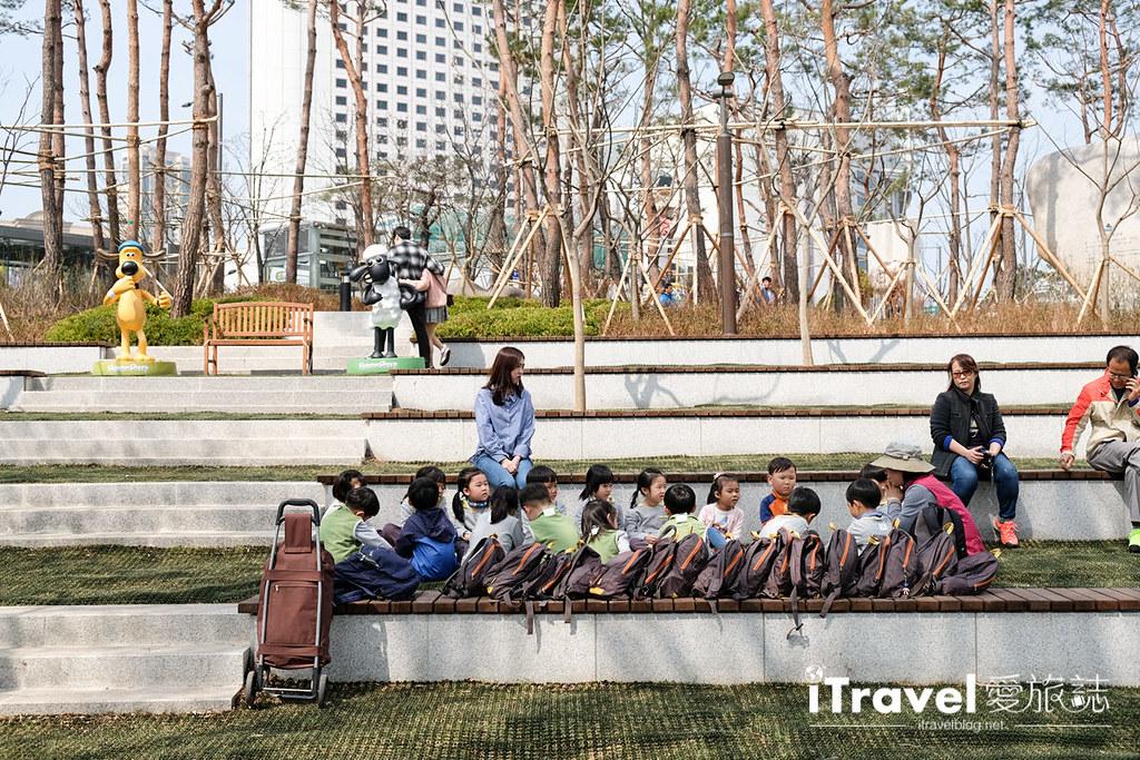 首尔赏樱景点 乐天塔石村湖 (3)
