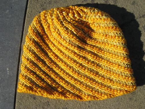 Hat_2013_10_19_Spiral-Rib_yellow-green_3