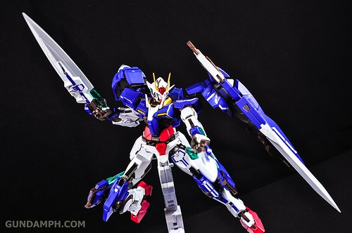 Metal Build 00 Gundam 7 Sword and MB 0 Raiser Review Unboxing (82)