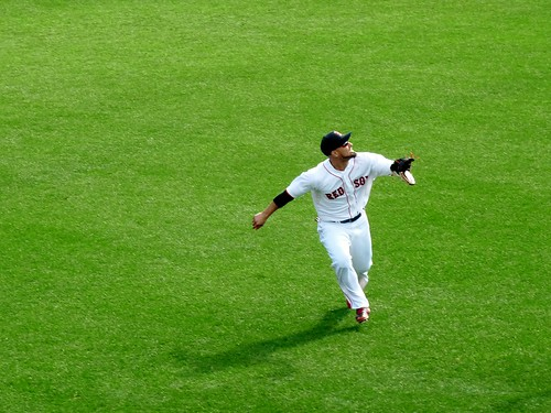 Victorino makes a run for it