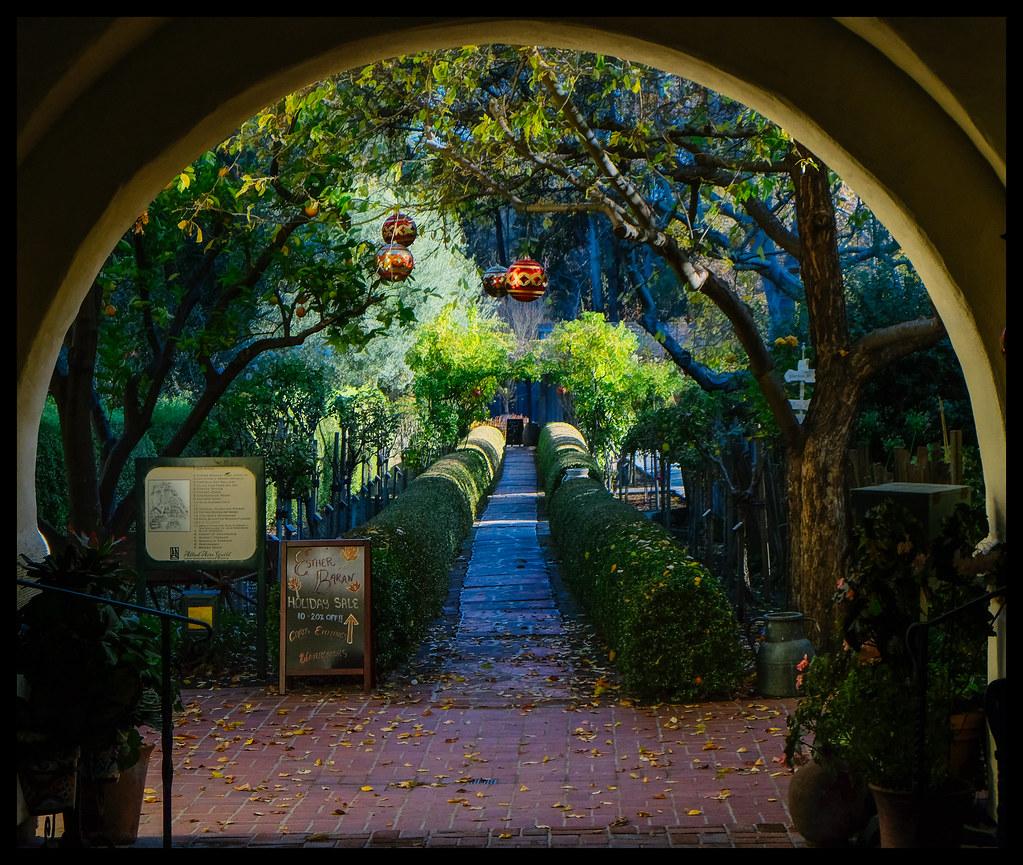 Garden Walk - Allied Arts - 2013