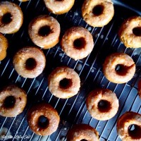 Baked Apple Cider Doughnuts [recipe]