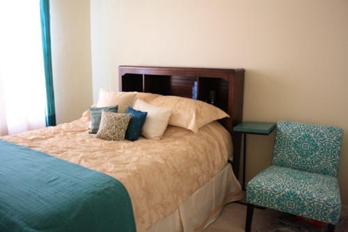 2013 05 Guestroom (4)