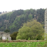 Hillwalking and sightseeing in Glendalough
