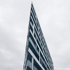 #sharpness #shotoniphone7plus #skyscraper #architecture #architecturephotography #hamburg #hamburg_de #ahoihamburg #igershamburg #visithamburg #explorehamburg #igershh #welovehh #igersgermany #germany #vsco #vscocam #wanderlust #travelgram #guardiantravel