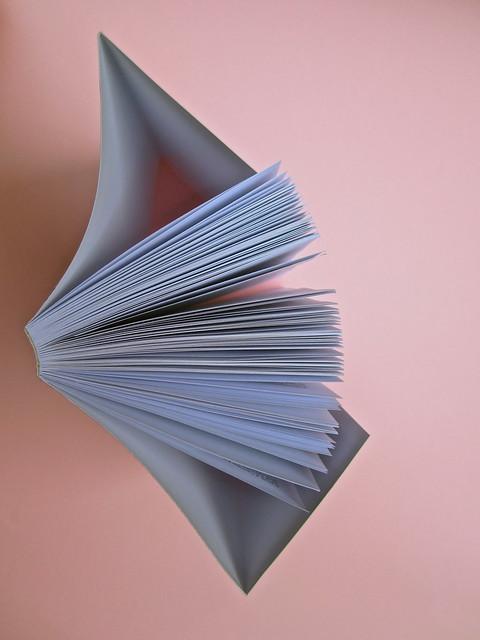 Joseph Conrad, Suspence. il canneto editore 2013. progetto grafico di Paroledavendere, Art Director: Camilla Salvago Raggi. Taglio superiore (part.), 1