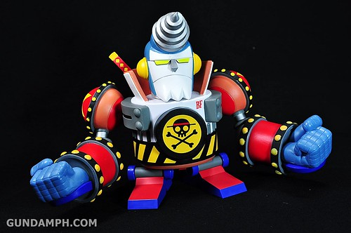 Banpresto One Piece WCF Mega Franky Shogun Review (9)