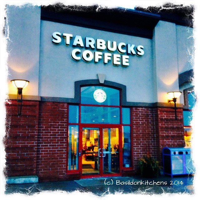 14/1/2014 - front door {it was still dark at home so this is the first 'front' door I entered today} #photoaday #frontdoor #starbucks #coffee