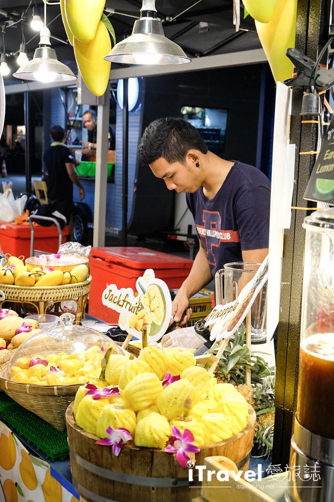 曼谷城中霓虹夜市 Talad Neon Downtown Night Market (15)