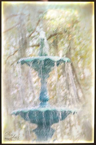 Image of Lafayette Fountain in Savannah, Georgia, using Nik Analog Efex Pro