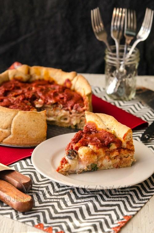 Mozzarella Mac Deep Dish Pizza - Creamy vegan mozzarella mac 'n' cheese in a delicious, homemade deep dish crust with easy toppings and flavorful marinara.