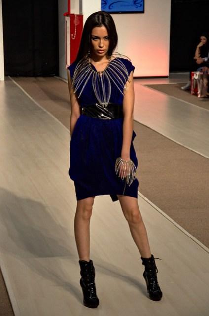 Dark blue short dress - Intermoda Trends