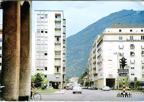 postcard - bolzano - corso libertà con piazza mazzini - 1966