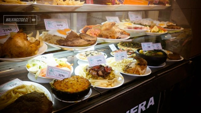 Portal Fernández Concha: completos, sanguches y pizzas en el centro de Stgo